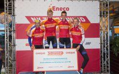 team-jan-de-jonge-tegen-de-wind-fietsen
